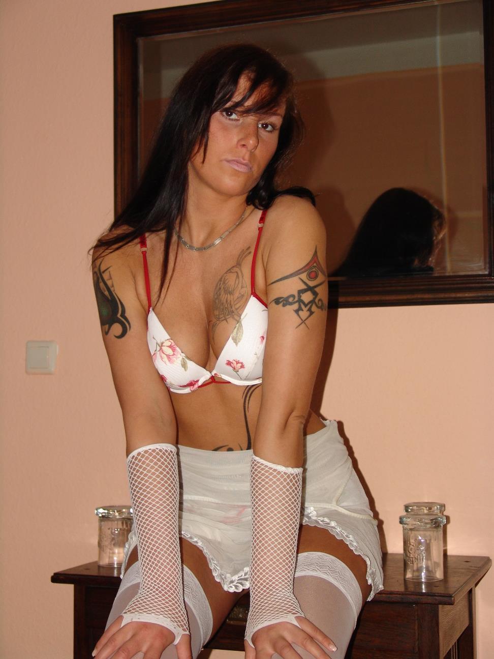 Sexy Frauen in Dessous beim Telefonsex